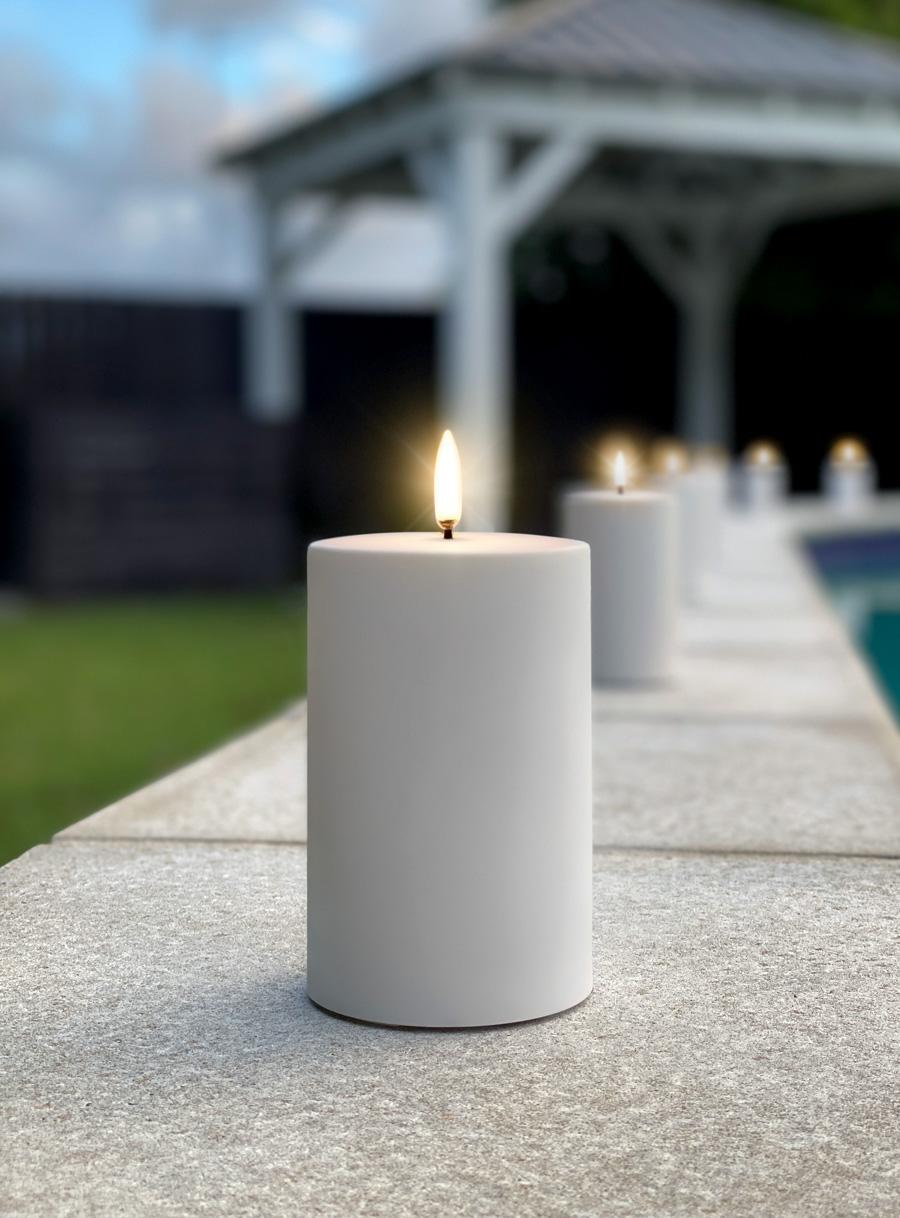 Uyuni Outdoor Candle Poolside